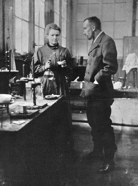 the discovery of polonium and radium by pierre and marie curie